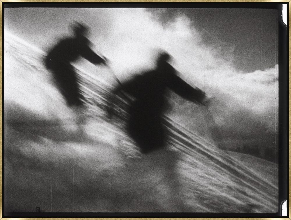 Vintage Ski Air by Chris Dunker